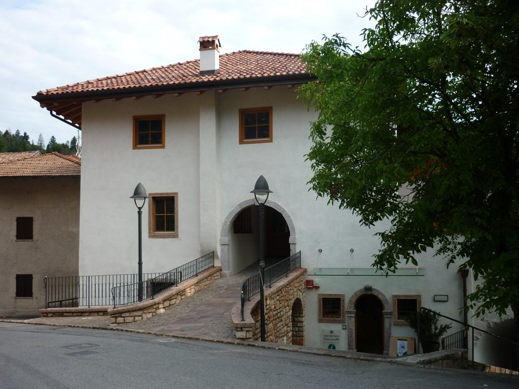 Casa Osei
