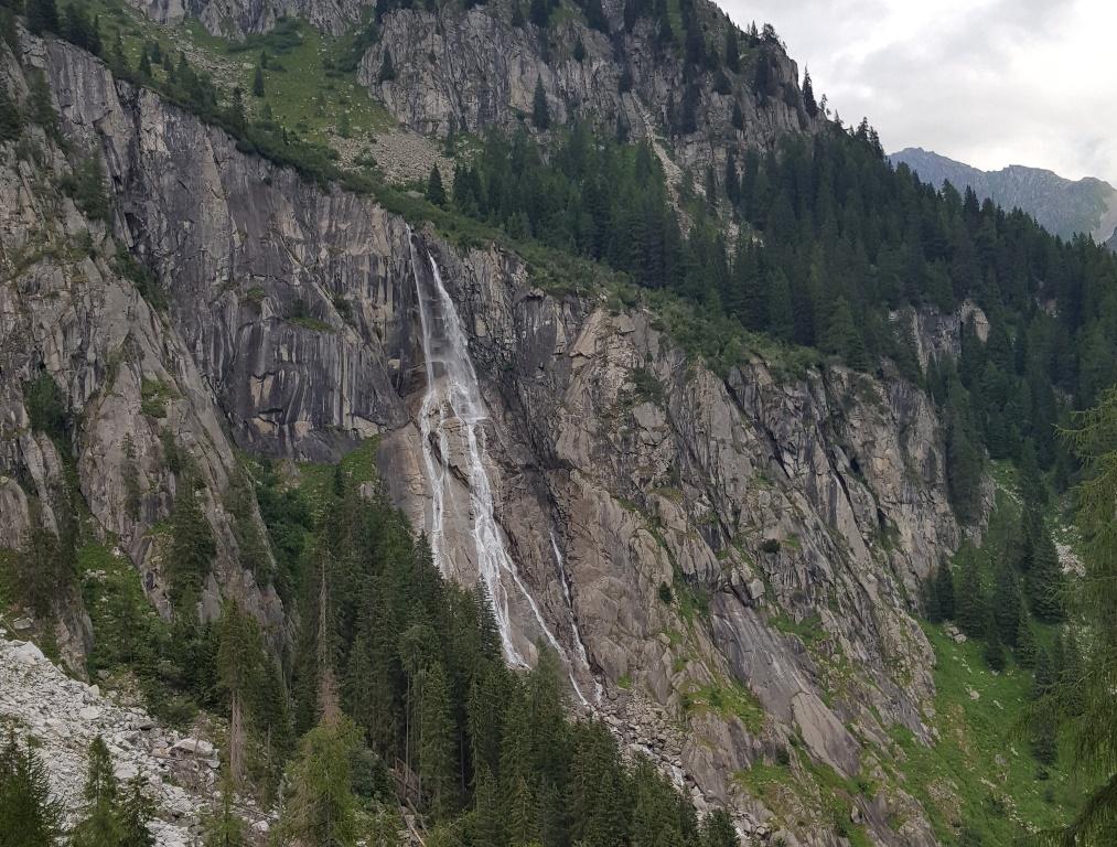 Canavacia Waterfall