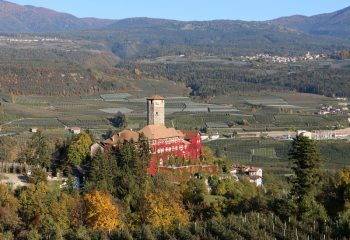 Ville d'Anaunia Castel Valer da ovest foto Giuseppe Mendini