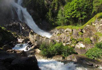 Cascata Lares (Val Genova) foto Michele Zeni