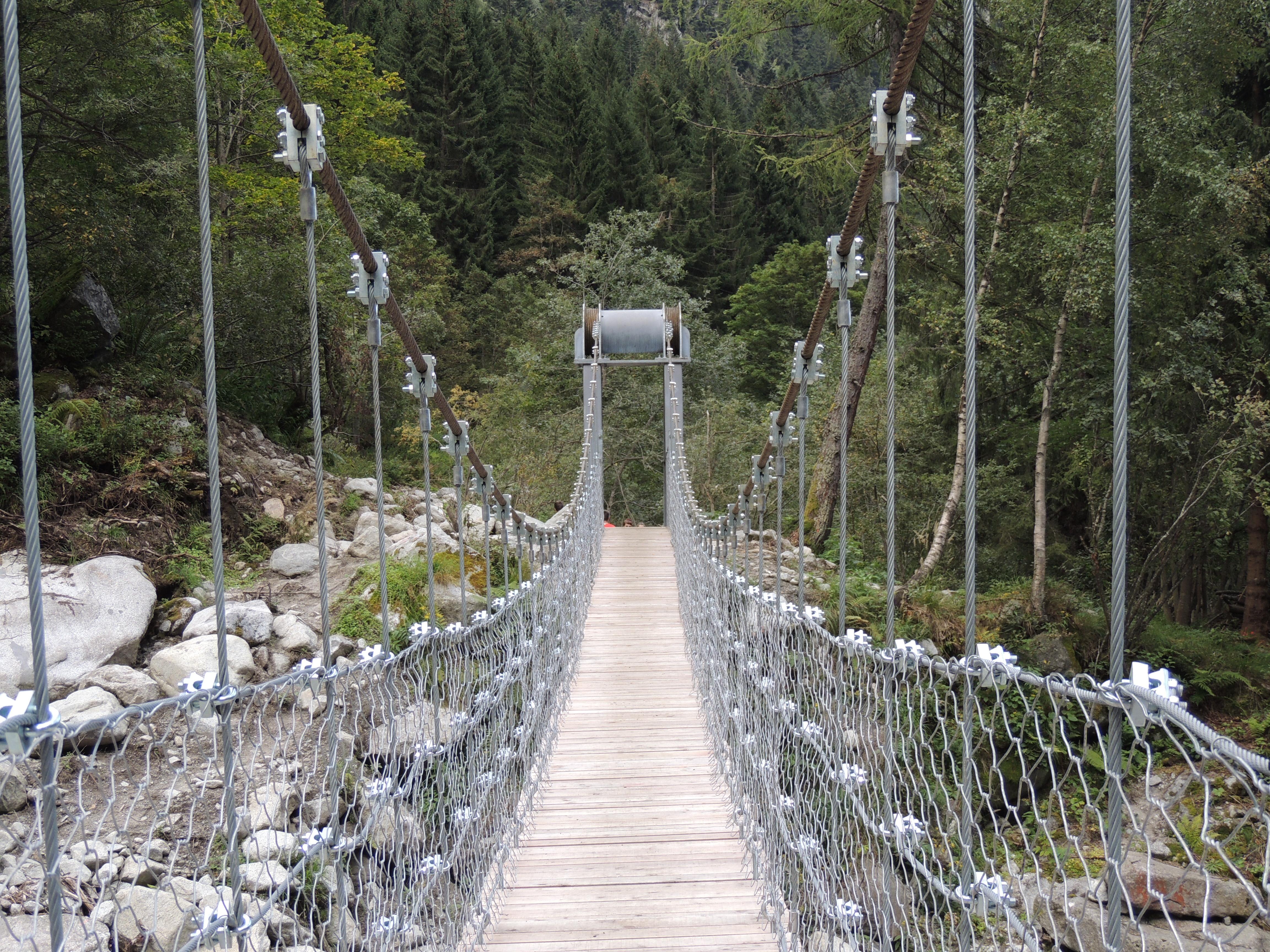 Val di Borzago sentiero
