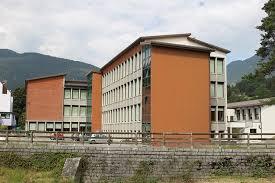 Scuola media Ponte Arche